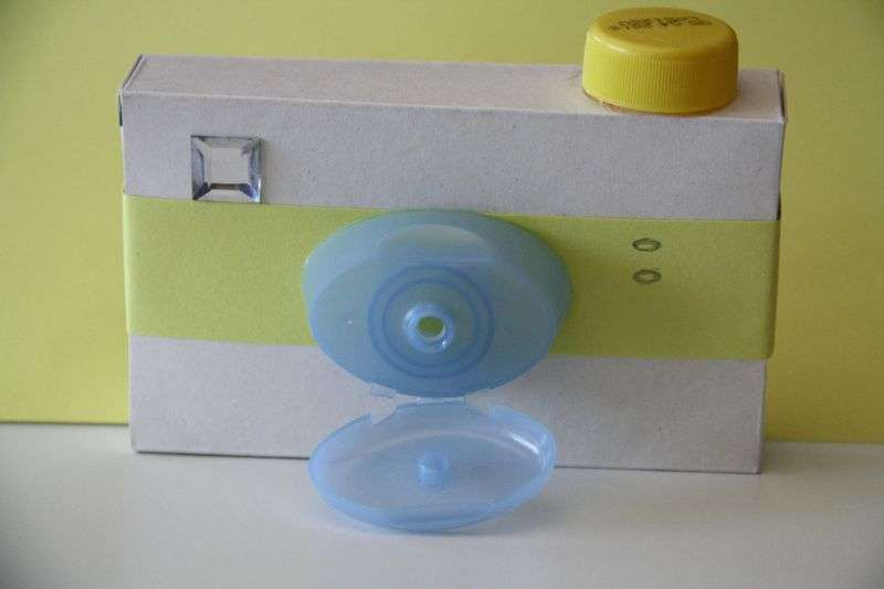 Come costruire una macchina fotografica giocattolo - Costruire una casetta di cartone per bambini ...