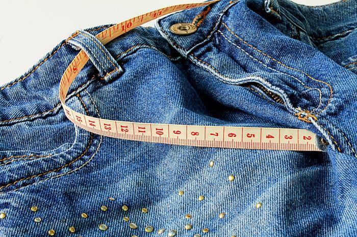 come riciclare vecchi jeans