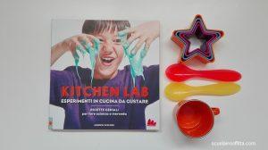 Libro di esperimenti in cucina