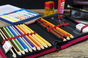 Oggetti utili per la scuola da mettere nell'astuccio