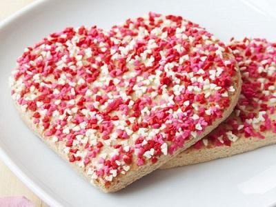 biscotti a forma di cuore per san valentino 1