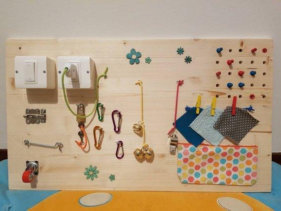 materiale montessori tavola sensoriale