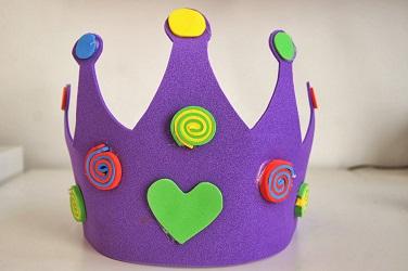 Lavoretti di Carnevale: corona fai da te