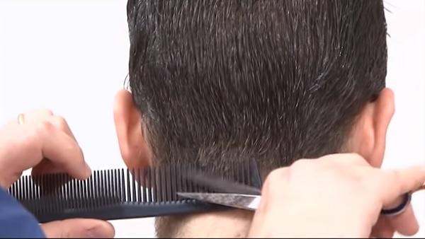 taglio capelli uomo corto