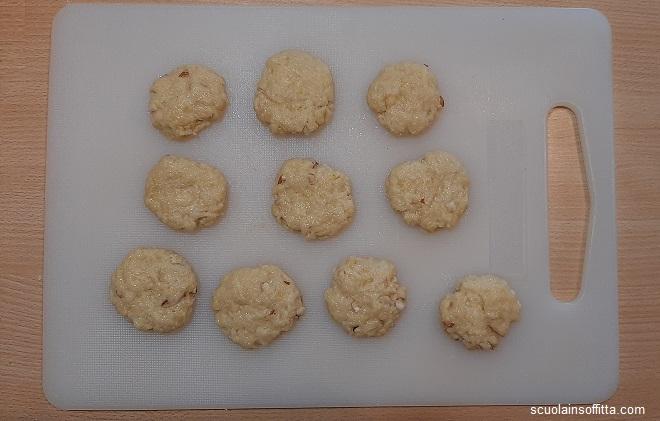 Biscotti in padella limone e mandorle senza burro